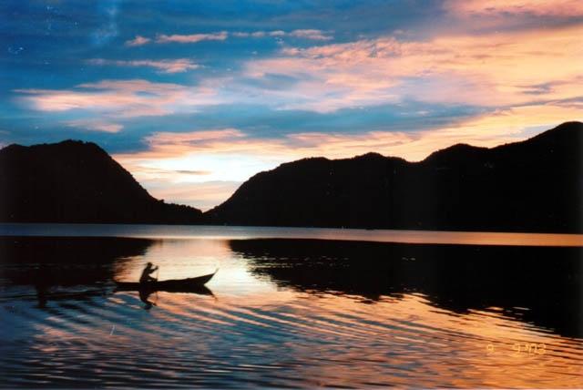 Danau Maninjau