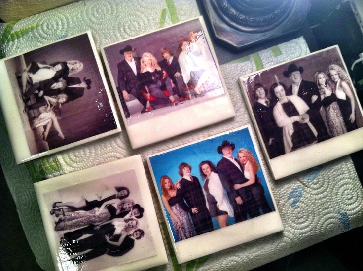 DIY Polaroid Family portrait coasters Polaroid, Family