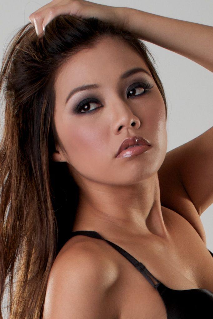 Crystal Hoang Nude Photos 10