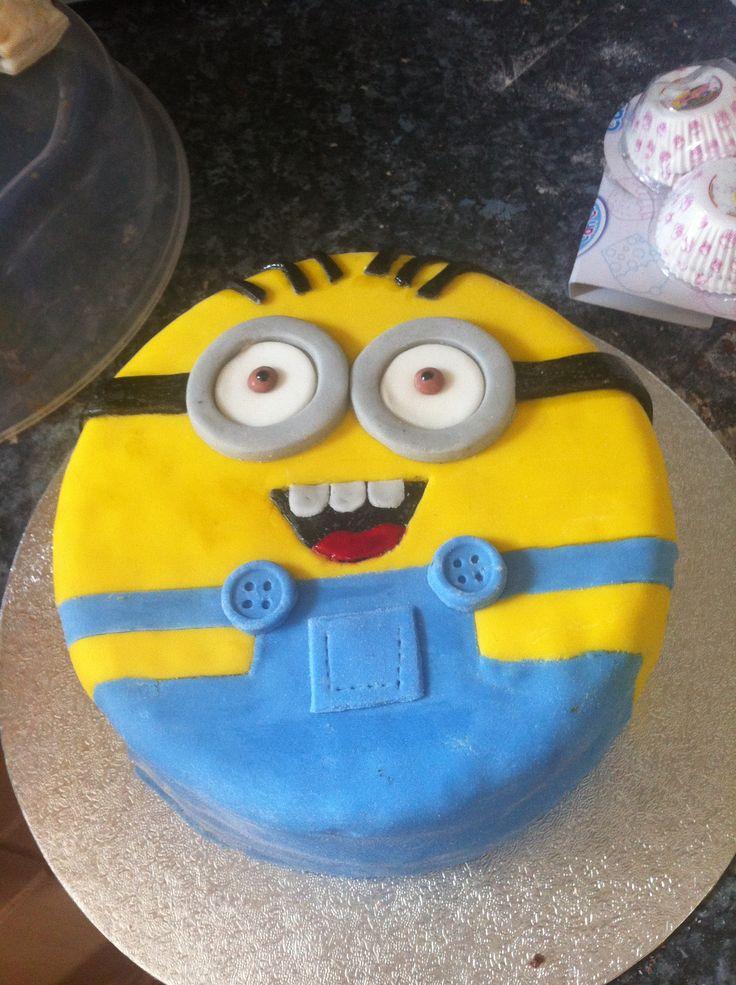 Minion Themed Birthday Cake Stunning Despicable Me Minions Uflight