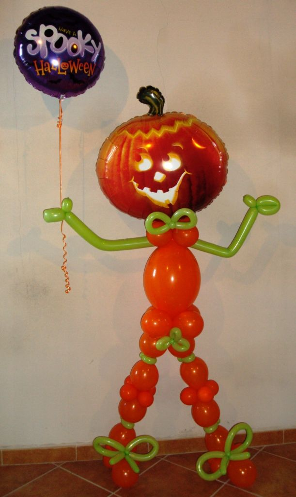 853 best balloons for halloween images on pinterest for Balloon decoration for halloween