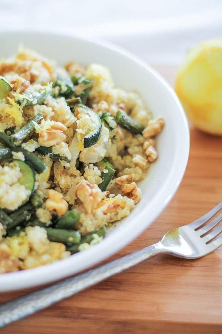 Roasted Summer Vegetable Quinoa Salad with walnuts, feta, and citrus dressing #vegetarian #paleo #healthy #recipe