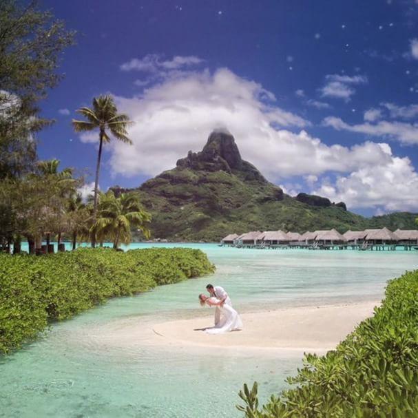 BORA BORA | 50 SHADES OF BLUE (Edouard OTT) #borabora #island #paradise #southpacific #sun #beach #sunrise #amazing #dream #holidays #beautiful #bestvacations #photooftheday #picoftheday #photodujour #wedding #tahiti #polynesian #EdouardOTT #instagood
