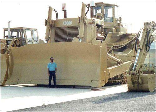 largest dozer in the world | ACCO_DOZ-12.jpg:
