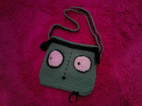 $30 Starting Bid: Gir Purse. Check out the 'Cochet Stuff' auction! Bidding starts on July 28th, 4pm PDT/7pm EDT. http://www.outbid.com/auctions/1789#3