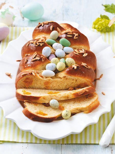 Ricotta-Eierlikör-Hefezopf - darüber freuen sich die Ostergäste!