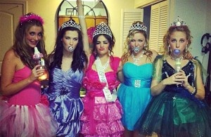 Toddlers in Tiaras-we should do this for Halloween.