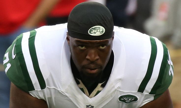 Report: Jets re-signing tackle Ben Ijalana = The New York Jets are going to bring back offensive tackle Ben Ijalana. According to reports, he's being given a deal that will pay him $11M over the course of two years. This is actually something of a shift, mildly running counter to expectations. Just days ago, Darryl Slater of NJ Advance Media wrote…..