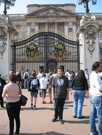 Buckingham Palace - London with Xander - 2011