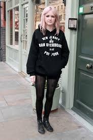 Znalezione obrazy dla zapytania grunge style girl