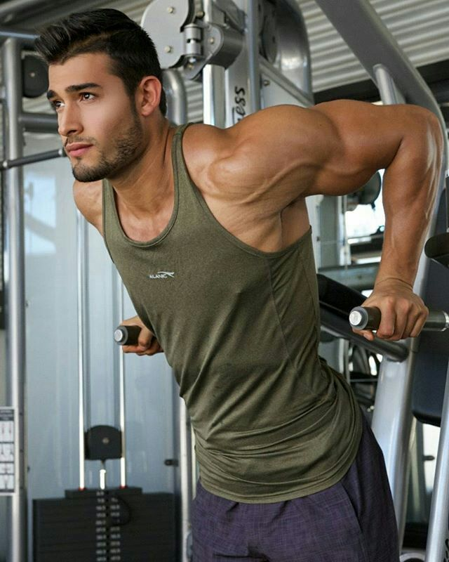 Workouts: How To Do Tricep Dips Safely and Correctly. | Men's Fitness & Workouts Fix.