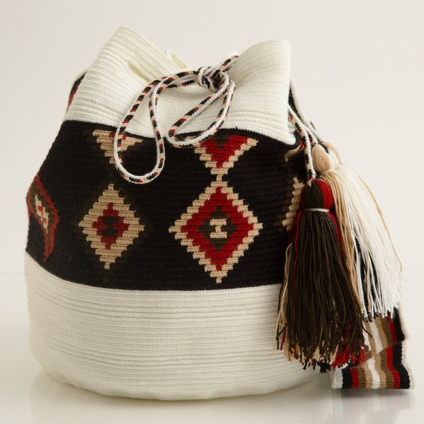 Style with a cause! Formerly part of the Wayuu Taya Foundation, Susu Style sells one of a kind Susu bags handwoven by the women of the Wayuu tribe in the Guajiran Peninsula. All proceeds go back to the Wayuu community. Buy yours today at www.susustyle.com!
