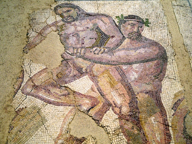 93 best images about roman mosaic art on pinterest for Mosaic painting meaning
