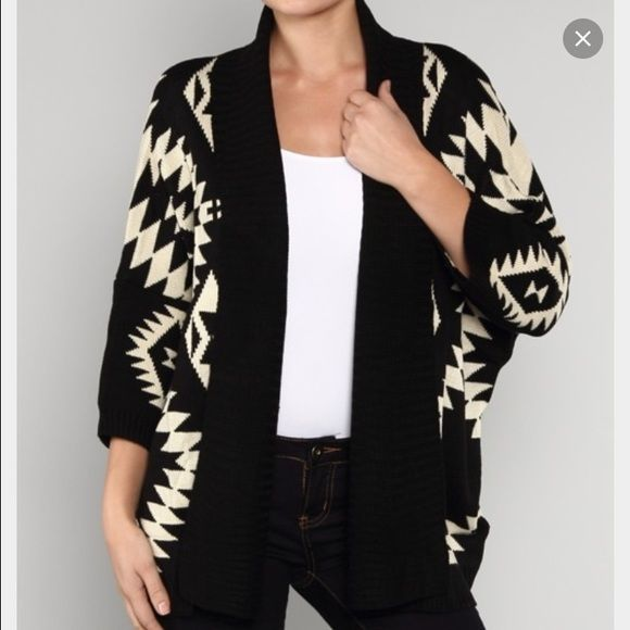 SWEATER SALEAztec print sweater Excellent condition Sweaters Cardigans