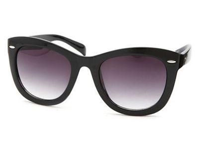 thick frame wayfarer sunglasses
