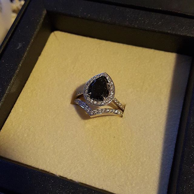 "Our awesome client @curlupndye7 sent us this picture of her ring and described the pear shape black diamond ""like a starry night sky"" ✨✨✨ #blackdiamond #bride #badass #blog #blogger #bohemian #design #diamond #diamonds #diamondring #diamondjewelry #engagementring #gypsy #alternativebride #izandco #jewellery #jewelry #metal #tattoos #punk #picoftheday #photooftheday #photo #tattoo #rock #wedding #tattoo #skull #rocknroll"
