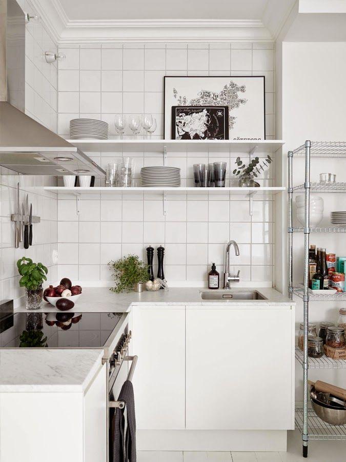 white tiels kitchen