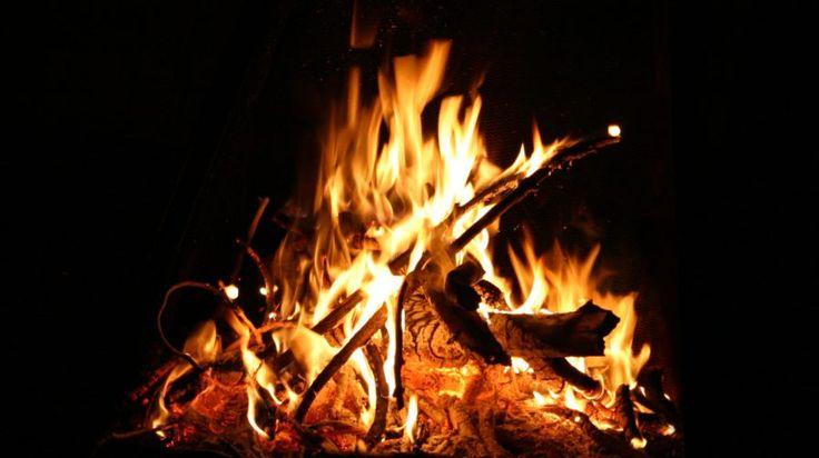 Campfire dinner under the Auroras -Rovaniemi, Lapland, Finland
