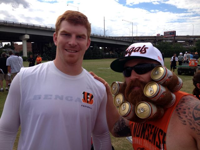 NFL Fan Shows Cincinnati Bengals Pride With a Six-Pack of Hu-Dey Beer Wrapped Up In His Beard