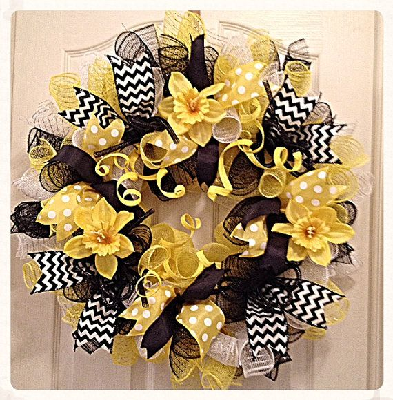 Daffodil Yellow and Black Deco Mesh by CKDazzlingDesign on Etsy