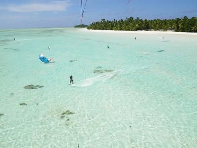 17/1/13  Looking for experienced Kitesurfing instructor/s  to join the Zephyr team on the windy, remote & tropical Cocos Keeling Islands - Australia