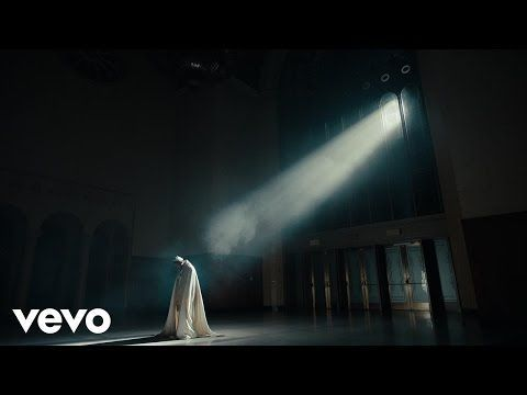 Rife with social commentary and symbolism, Kendrick Lamar's stunning video for his brand new track HUMBLE. is the best we've seen in a long, long time.  Kendrick dropped the song and video together last night, and it's the first track we're being treated to from his buzzed-about upcoming album. Kdot spits over a simple but hard-hitting Mike WiLL Made-It beat and the sound can't help but remind us of Good Kid M.A.D.D. City-era Kendrick.