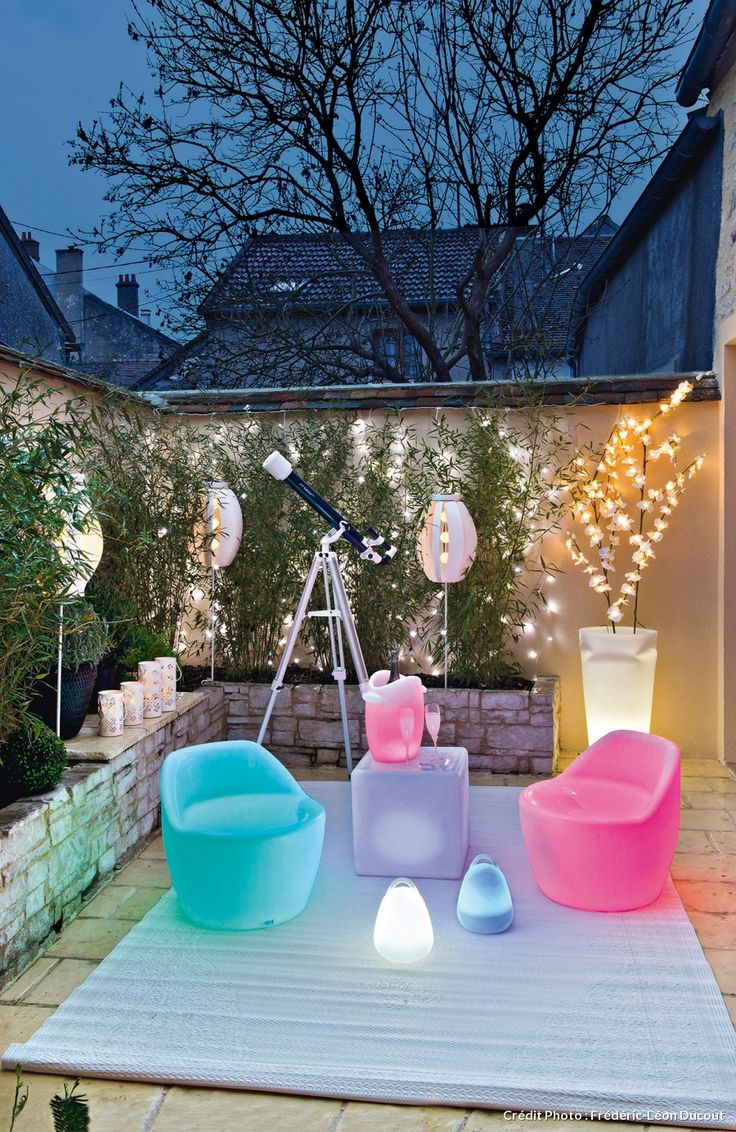 Quatre id es d co pour am nager votre terrasse spot for Lumiere led terrasse