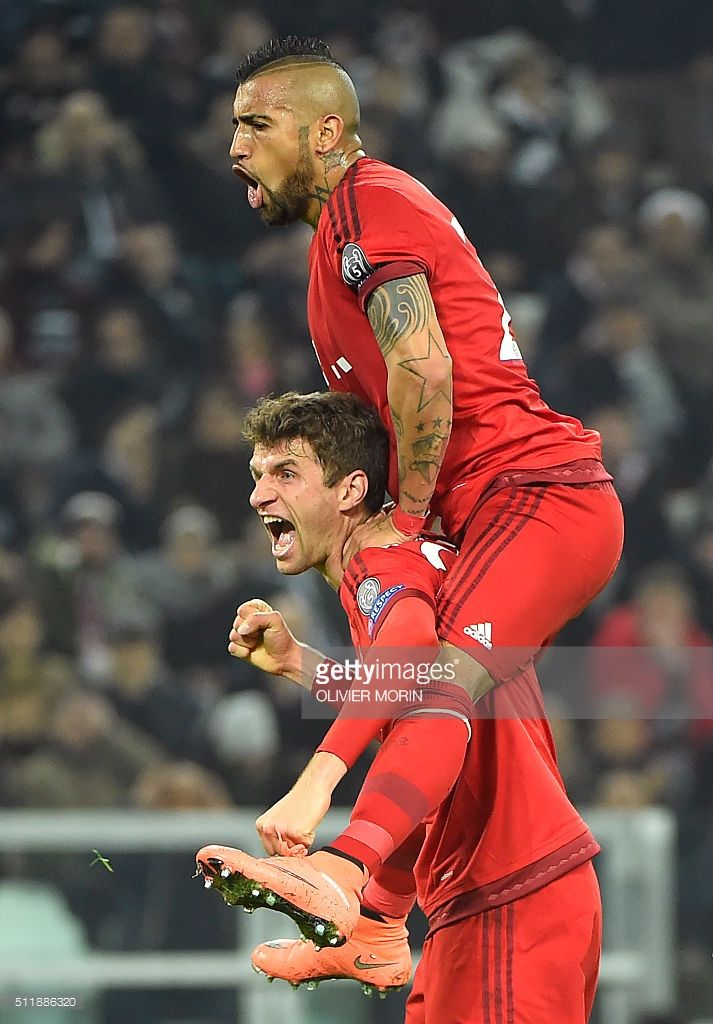 Juventus v FC Bayern Muenchen - UEFA Champions League Round of 16 Pictures