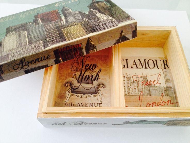 Scatola di Legno portagioie porta biglietti da visita contenitore decoupage di Hand Made by Emanuela su DaWanda.com #newyork #londra #vintage #dawanda #decoupage #fattoamano #handmande