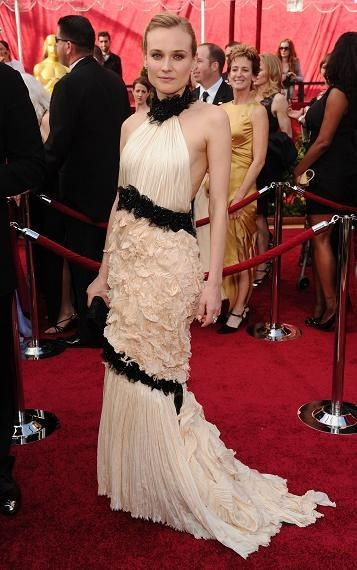 Diane Kruger in Chanel Haute Couture Winter 2009 at the 2010 Academy Awards