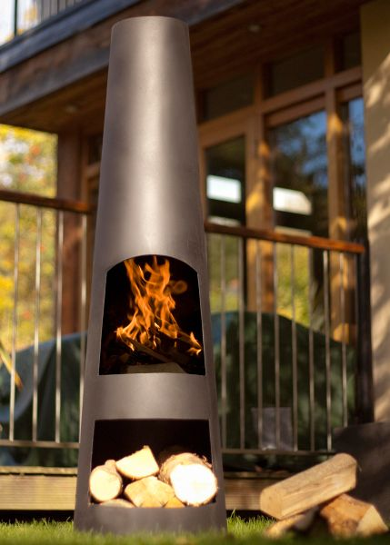 Contemporary steel chimenea - made of corten steel with an oxidised finish