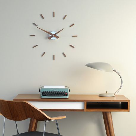les 25 meilleures id es de la cat gorie horloge murale design sur pinterest horloges murales. Black Bedroom Furniture Sets. Home Design Ideas