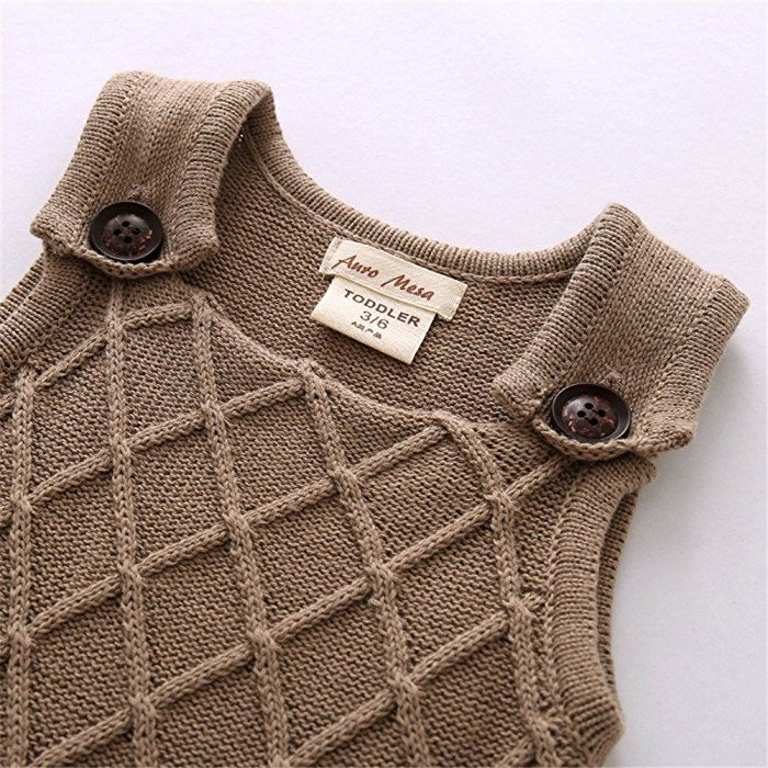 c91cabb77873 Amazon.com  Auro Mesa Newborn Baby knit overalls toddler Boys knitted  Clothes Sleeveless Baby Winter Clothes (3-6M)  Clothing