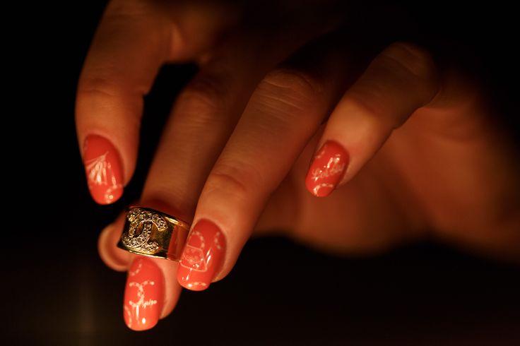 CHANEL nail design photo by wandzelphoto.com