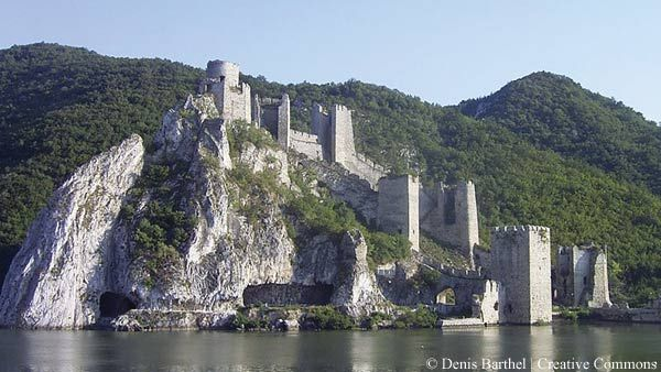 The castle at Golubac  balkantravellers.comGolubacka Tvrdjava, Golubac Serbia, Beautiful Places, Medieval Castles, National Parks, Golubacserbia, Golubac Fortress, Serbia Србија, Danube Rivers