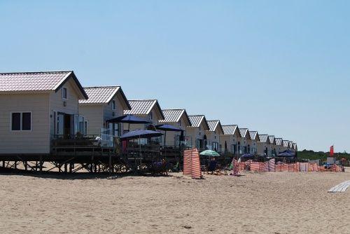Slapen op strand in een Slaapstrandhuisje van Breezand Beachhouses! - Breezand Beachhouses