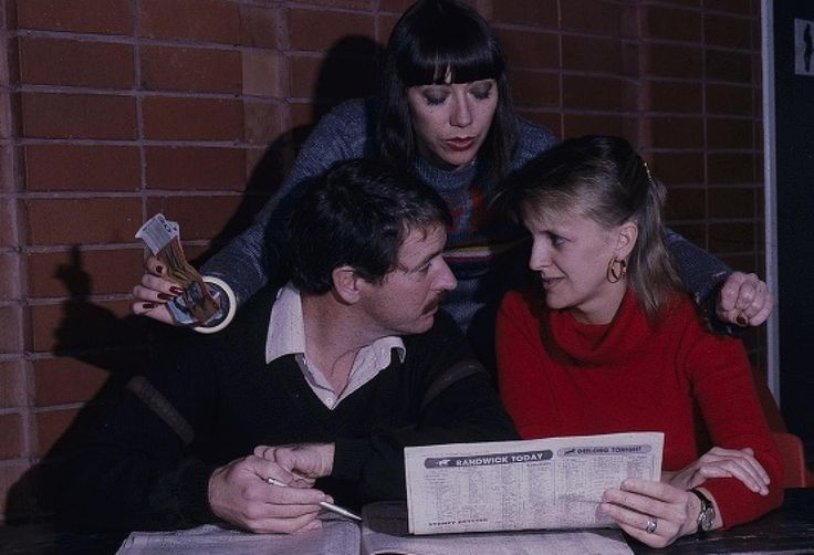 Sandy Gore, Gerard Maguire and Jane Clifton perusing the racing form