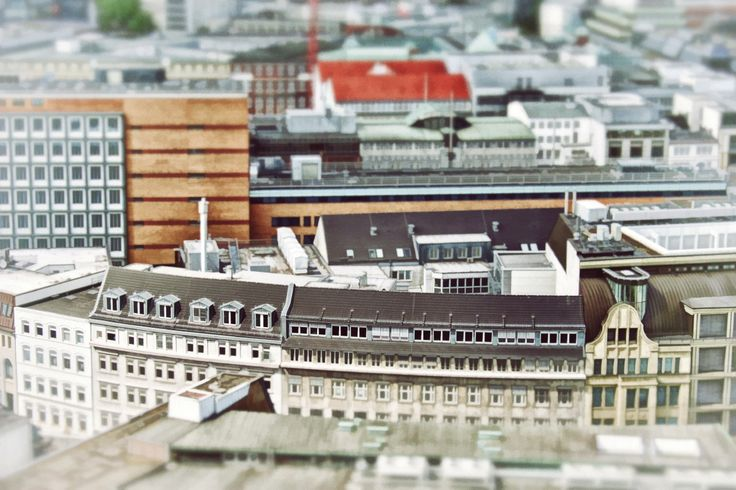 A tilt-shift photo of Hamburg, made to accompany an article about relationships: http://finkjensen.com/real/