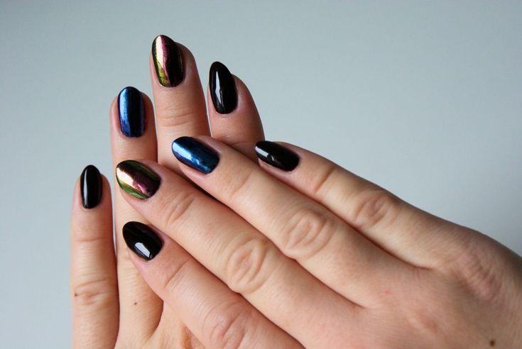 Jesienna stylizacja paznokci z metalicznymi pyłkami