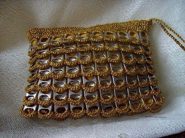 Вязание крючком + крышки от банок = прикольная сумка