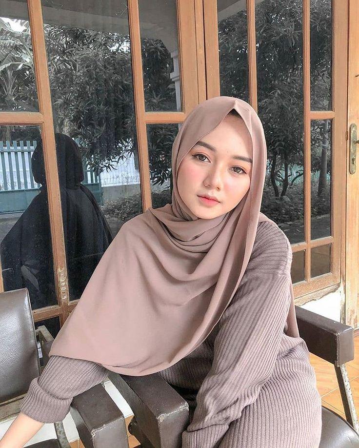 Instagram di 2020 Gaya wanita, Wanita, Model pakaian hijab
