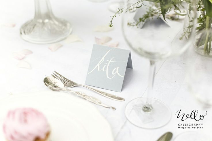 seating card by .hello. calligraphy Małgosia Małecka