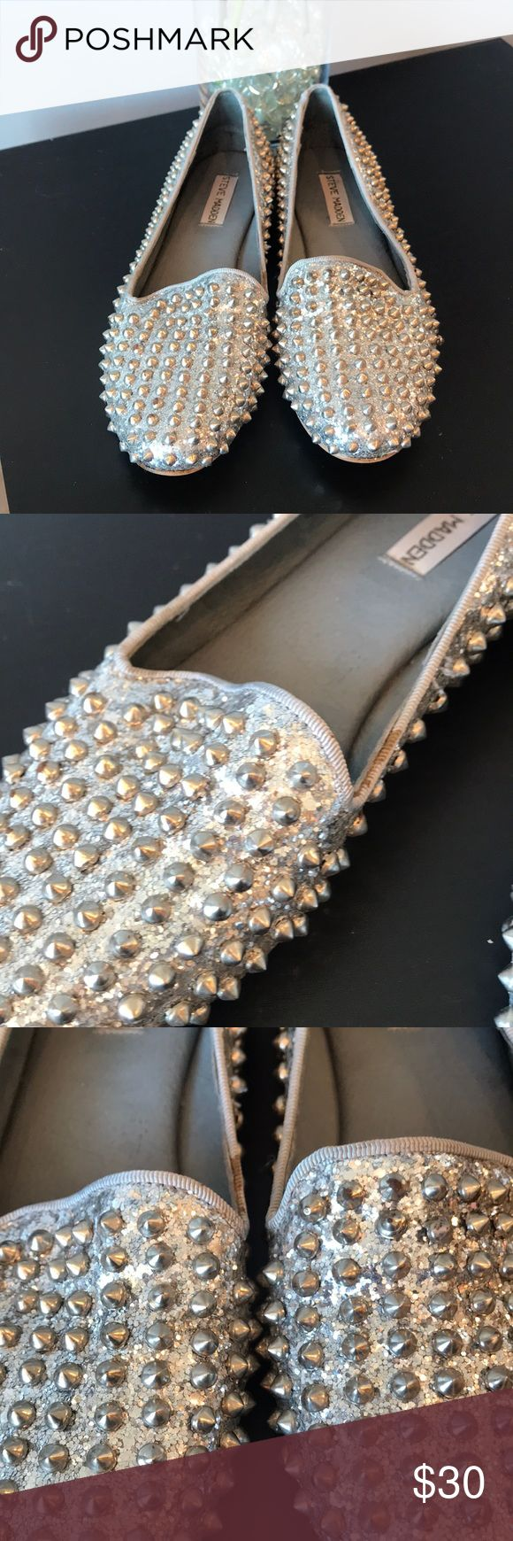 Steve Madden shoes Metallic silver studded Steve Madden flats ! Worn a total of 3 times , in overall good condition, some rusting and lifting on some of the studs and a small stain on the side of one shoe (as shown in photo ) Steve Madden Shoes Flats & Loafers