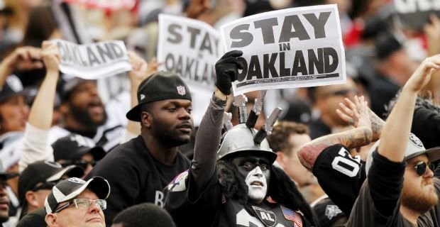 Raiders, Chargers hire Disney chairman to lead Carson project