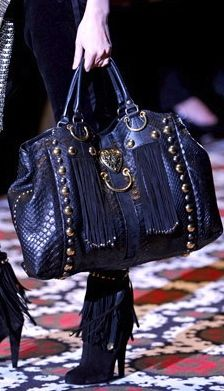 Gucci love this handbag