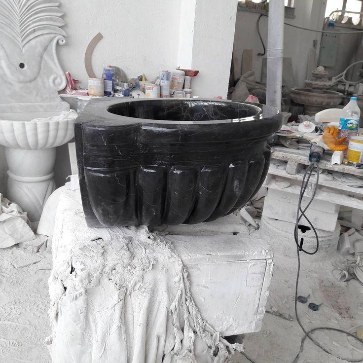 Öz Aşkın Mermer Dekorasyon Hatay kahverengi siyahı banyo hamam  kurnası #cesme#şömine#fıskiye#decor#decoration#sanat#tasarım#yapı#inşaat#marble#followforfollow#like4like#traverten#bej#sink#çeşme#black#alexandretteblack#desing#mimari#içmimar#modern#naturel#dizayn#bahçedekor#luxury#turkey#ozaskinmermer#özaşkınmermer http://turkrazzi.com/ipost/1517587635919536277/?code=BUPjeoSgkCV