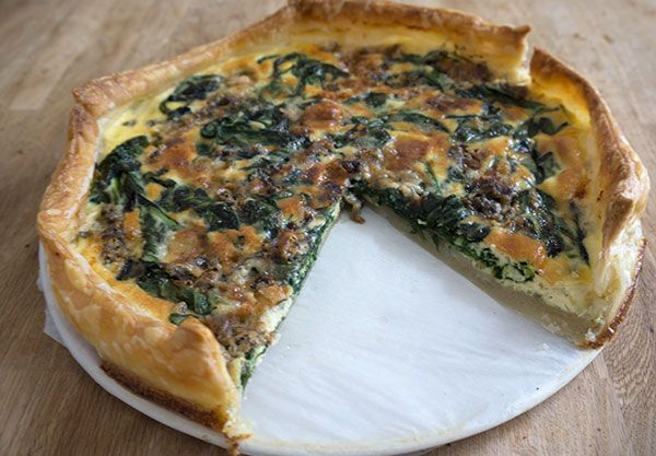 Quiche met bladspinazie en gorgonzola #quiche #gorgonzola - Great Little Kitchen
