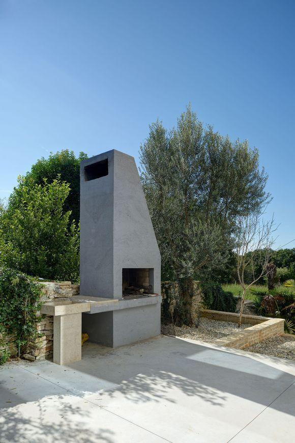 Mediterranean Villa in Croatia designed by Studio TOBIS Engineering