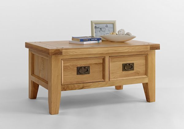 Lovely small coffee table in oak, featuring storage space