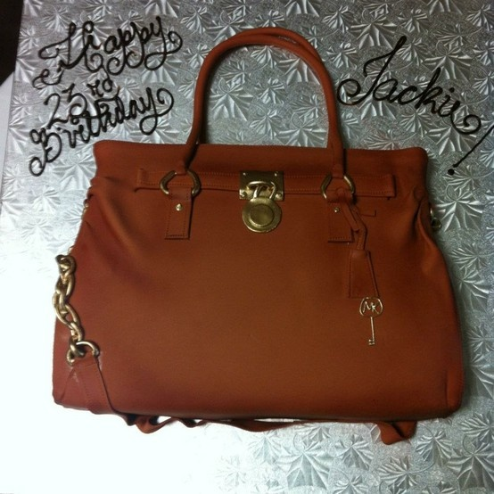 Michael Kors Purse Birthday cake.: Handbags Cheap, 2013 Outlets, Handbags Authentic, Cakes Cupcakes, Handbags Discount, Cakes Cakes, 554554, Handbags 2013Shop, Birthday Cakes